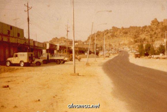 صورة قديمه من الشارع العام في النماص /امجد العسبلي