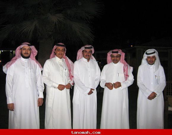 تكريم قناة المجد ومدير موقع تنومة