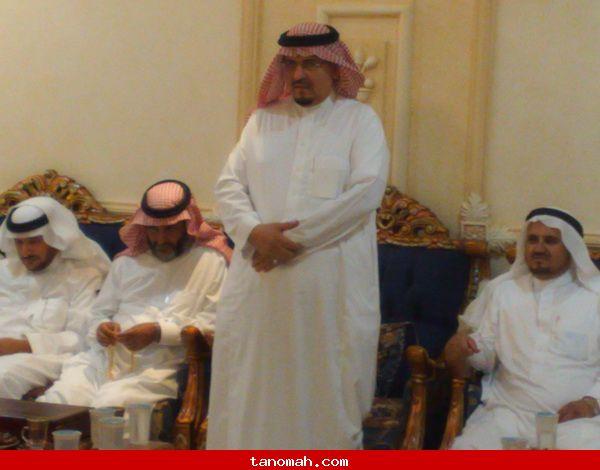 الدكتور الجحني يكرم عدد من طلابة الذين حصلوا شهادة الدكتوراه من عدة جامعات - الشيخ مسفر يرد على عزيمة ال تنومة