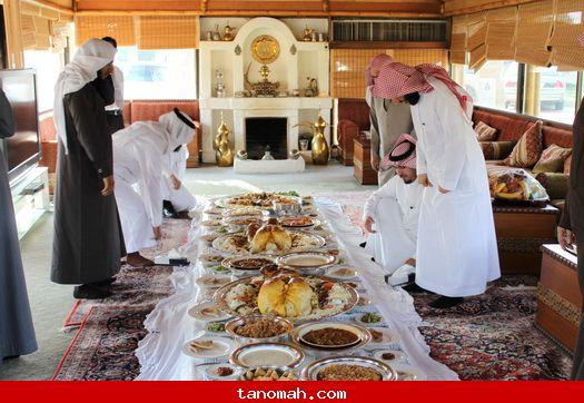زيارة وفد الجمعية الخيرية بتنومة لرجل الاعمال علي بن سليمان