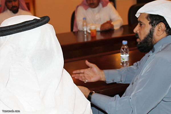 أثنينية تنومة - استضافة (الأستاذ عبدالله غرمان - والاستاذ محمد حصان)