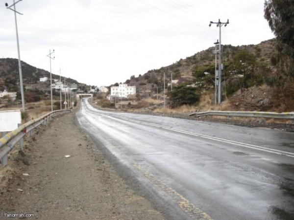 أمطار النماص (لجمعة 4-1-1432هـ) عدسة محمد عامر