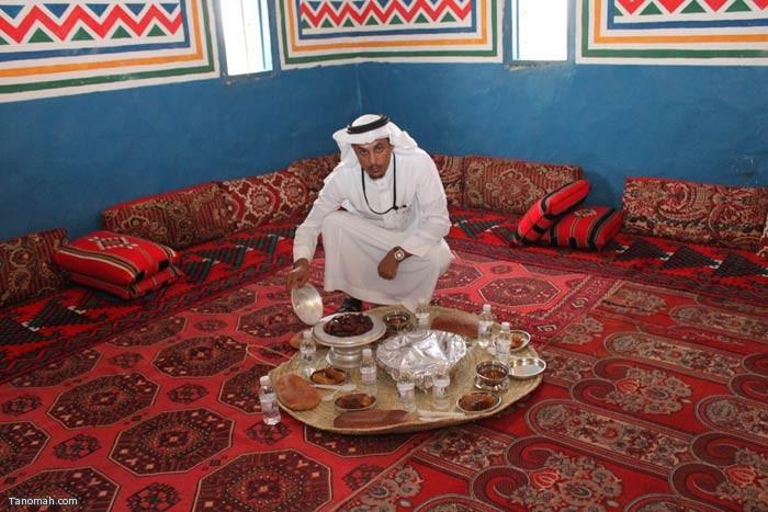 زيارة رئيس المركز فلاح القرقاح لجناح تنومة بالجنادرية