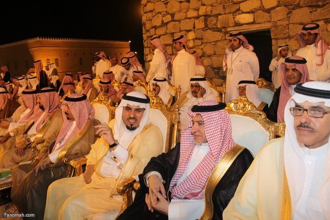 صور ليلة حفل قرية عسير وجناح تنومة في الجنادرية بحضور امير عسير6