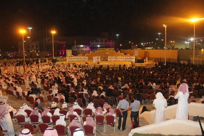 صور ليلة حفل قرية عسير وجناح تنومة في الجنادرية بحضور امير عسير12