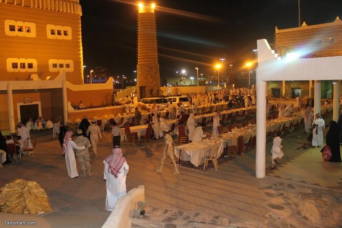 صور ليلة حفل قرية عسير وجناح تنومة في الجنادرية بحضور امير عسير16