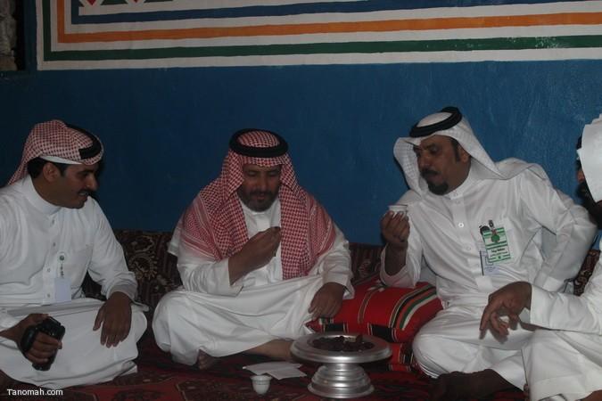 صور ليلة حفل قرية عسير وجناح تنومة في الجنادرية بحضور امير عسير22