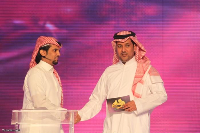 الحلقة السادسة - الجولة الأولى من مسابقة شاعر الملك - الشاعر عثمان الشهري والمذيع تركي العجمة