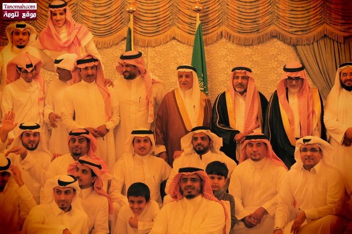 أسرة آل جحني تقيم حفلها السنوي لتكريم المتميزين من أبناءها