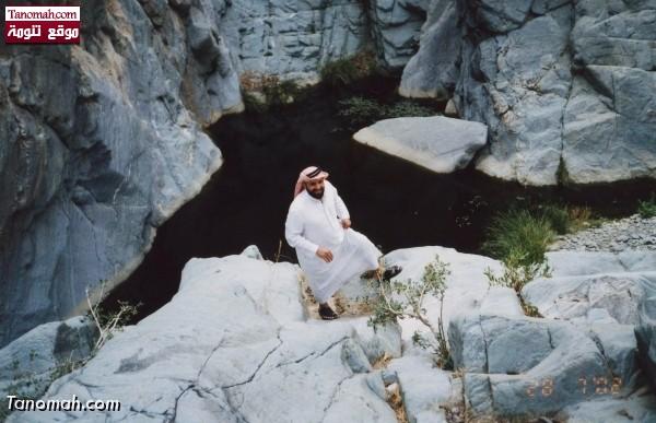 منطقة سقوط شلالات المياه في (( عيام تيس )) تنومة  - عدسة محمد الأبط