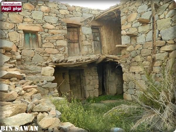المنازل القديمة في ال برياع - عدسة بن صوان