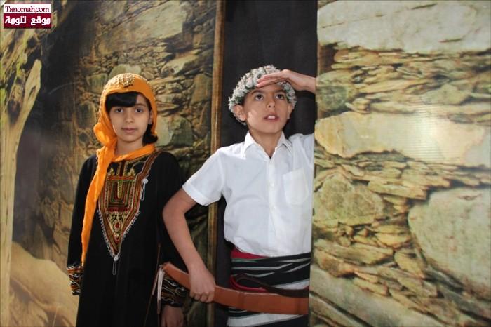 عبدالله فايز حصان وأخته جود فايز حصان