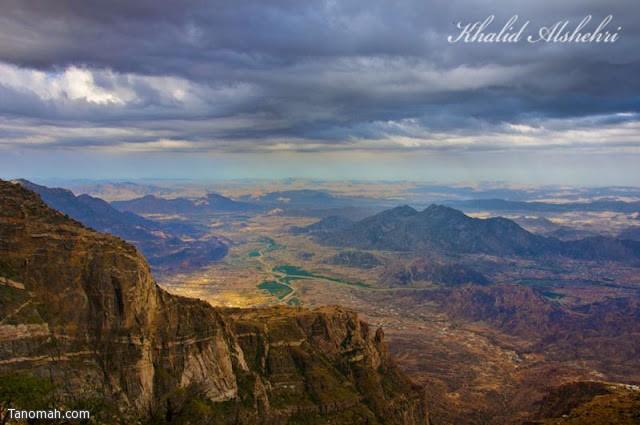 وادي بقرة من جبل سيال - عدسة خالد عبدالرحمن