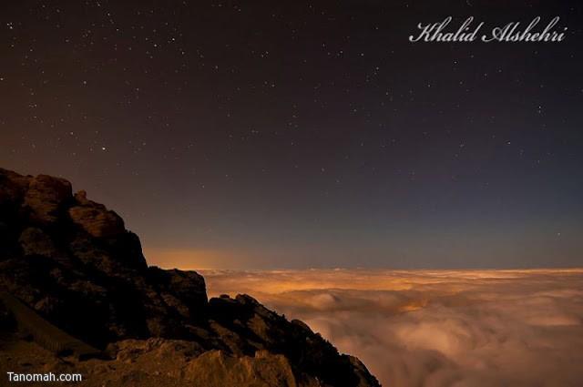 منظر ليلي من منتزه المحفار للسحب المخيمة على تهامة  - عدسة خالد عبدالرحمن