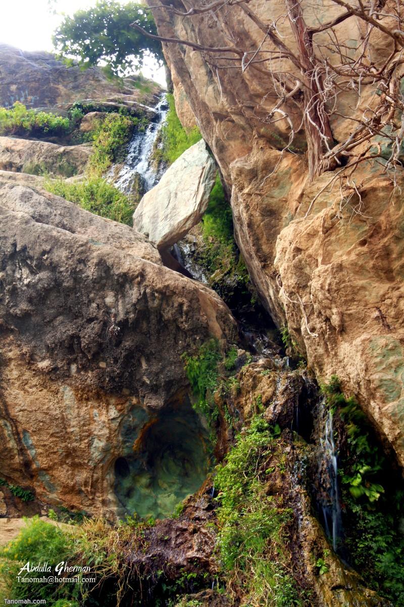 شلال دهناء في محافظة تنومة ...أعلى شلال طبيعي في المملكة .