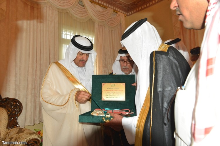 زيارة سمو الأمير سلطان بن سلمان رئيس هيئة السياحة والأثار لمحافظة تنومة 20