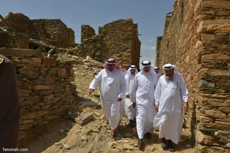 زيارة سمو الأمير سلطان بن سلمان رئيس هيئة السياحة والأثار لمحافظة تنومة 39