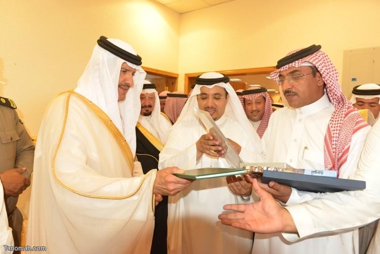 زيارة سمو الأمير سلطان بن سلمان رئيس هيئة السياحة والأثار لمحافظة تنومة 85