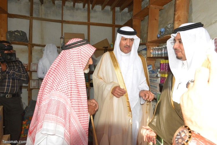 زيارة سمو الأمير سلطان بن سلمان رئيس هيئة السياحة والأثار لمحافظة تنومة 86