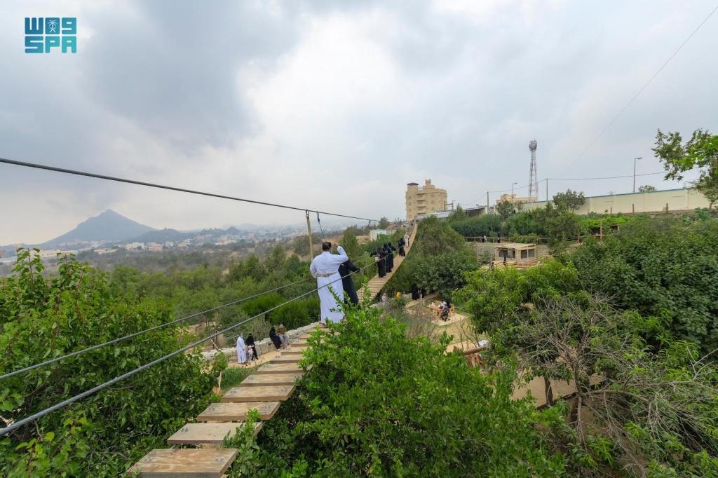 حديقة الجسر النباتية بمحافظة #بالجرشي تستهوي أهالي وزوار #الباحة