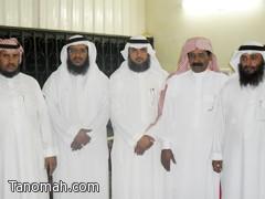 مدرسة الإمام مالك تكرم المتقاعدين