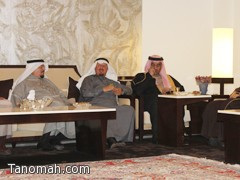 الشيخ علي بن سليمان يكرم الشيخ تركي العسبلي