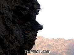 نحت للأيام.. ومنحوتات للإنسان في جبال تنومة