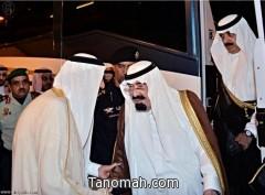 خادم الحرمين يصل مكة لقضاء ما تبقى من رمضان بجوار الحرم