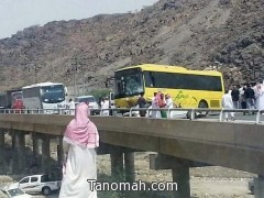 مصرع أربعة أشخاص تحت حافلة ببارق