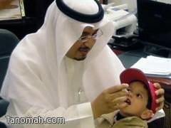 محافظ تنومة يدشن حملة التطعيم ضد شلل الأطفال