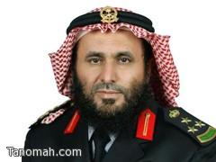 العميد بن فهد يشارك أهالي تنومة فرحتهم بمبلغ عشرة آلاف ريال