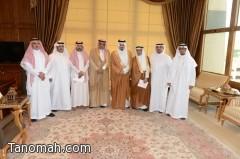 أمير عسير يكرّم منفذي مشاريع المياه بالمنطقة