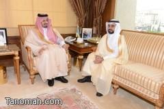 أمير عسير يستقبل مدير مكافحة المخدرات ويتسلم التقرير السنوي