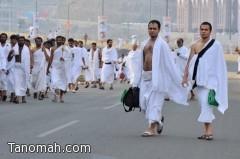 صور حجاج بيت الله الحرام وهم في طريقهم اليوم إلى مشعر منى