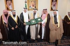 أمير عسير يلتقي أصحاب المعالي والفضيلة ومديري الإدارات الحكومية بالمنطقة
