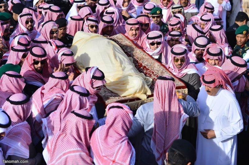مراسم دفن جثمان خادم الحرمين الشريفين اللمك عبدالله بن عبدالعزيز رحمه الله