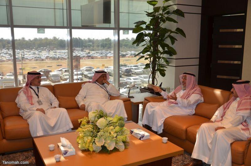 أمين عسير يكرم الخطوط الجوية العربية السعودية