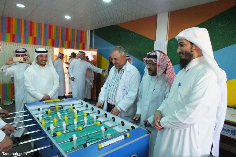 عبدالقادر يدشن صالة التميز والعيادة المدرسية بمدرسة الإمام البخاري