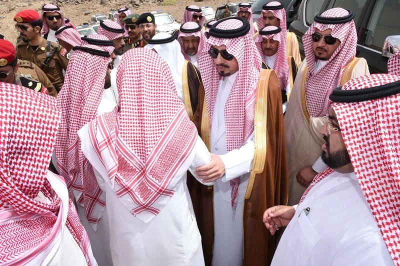 الأمير فيصل ينقل تعازي القيادة لذوي شهيد العوامية  القحطاني
