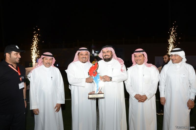 كلية الشريعة تحصد لقب درع الأولمبياد الرياضي بجامعة الملك خالد