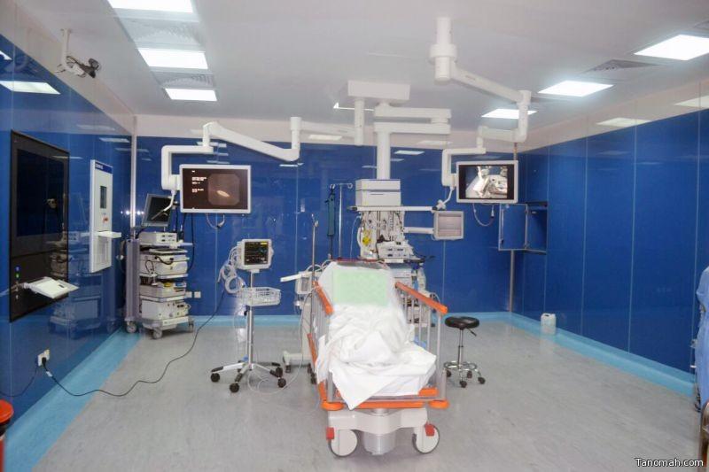 مستشفى عسير يجري أول عملية تنظير مجهري للقنوات الصفراوية