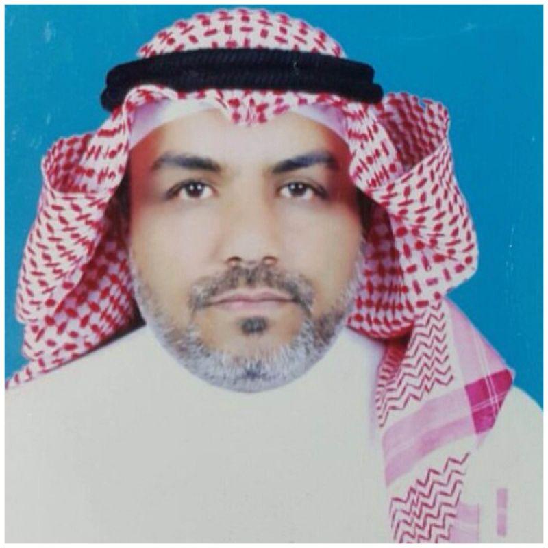 البكالوريوس في اللغة العربية بتقدير ممتاز مع مرتبة الشرف للأستاذ محمد العمري