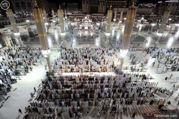 أول صلاة تراويح بالمسجد النبوي هذا العام