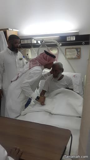 الهيجان  يعايد المرضى بمستشفى عسير المركزي
