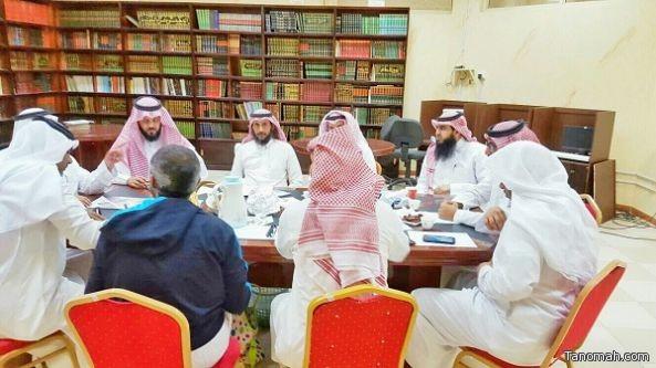 لجنة التنمية الاجتماعية بتنومة تستعرض مشاريعها