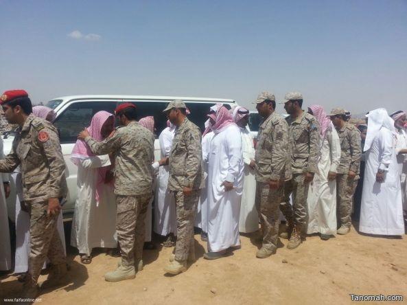 بالصور:جموع المصلين في خميس مشيط تشيع الشهيد:عبد الله العميري الشهري