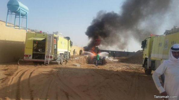 بالصور : إخماد حريق شب في ناقلة نفط بنجران