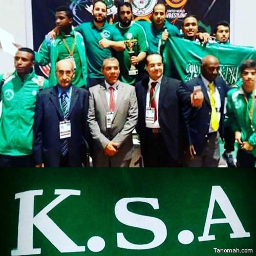 """""""أخضر المصارعة"""" يحقق المركز الثاني في البطولة العربية"""