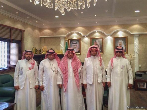 الهزاني يستقبل مدير وأعضاء مكتب العمل بالنماص
