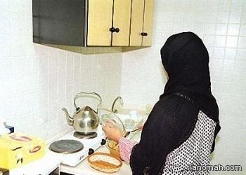 """""""العمل"""" تفتح الباب لاستقدام العمالة المنزلية من 3 دول دون توقيع اتفاقيات معها"""